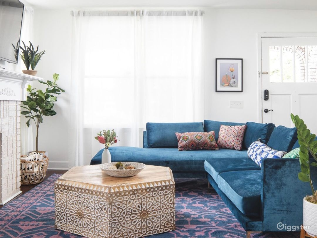 Downtown Home Drenched in Boho Drama Photo 5
