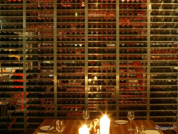 Modern and Innovative Steakhouse Photo 3