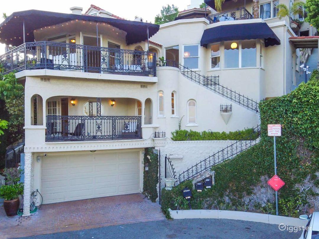 Movie Home-Walk to Hollywood Blvd & Hollywood Bowl Photo 1