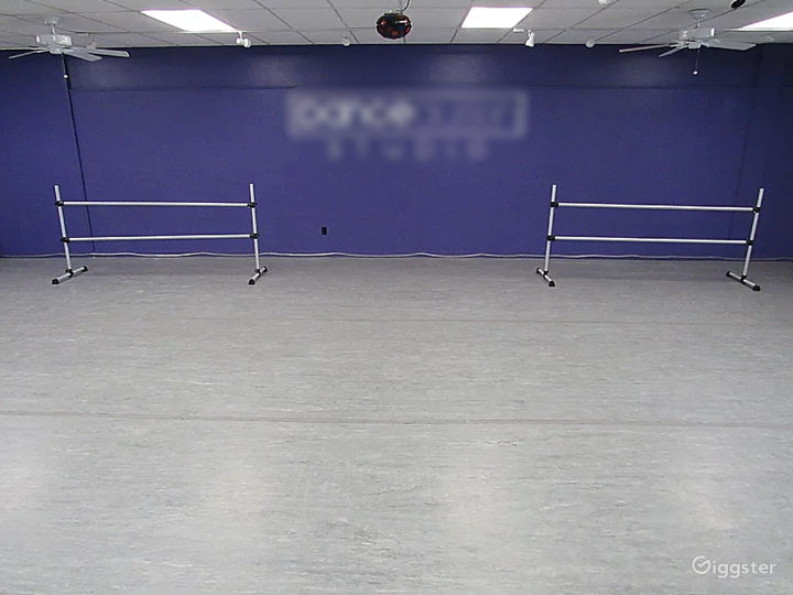 Dance Studio 1 - 1300 Sq. Ft. Photo 2