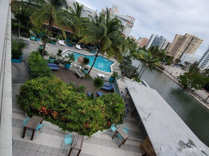 Swanky Miami Pool Deck Photo 2