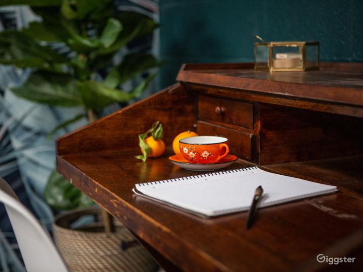 Tropical Midcentury Modern Writers Room Photo 4