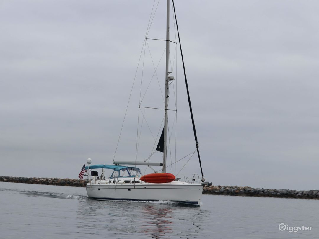 50' Sailboat Perfect for Photos or Filming Photo 2