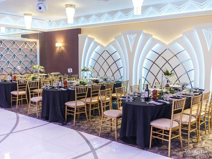 Modern and Stylish Buy-out Venue in Glendale Photo 4