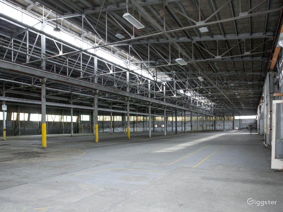46Ksqft Industrial Warehouse in DTLA Photo 1