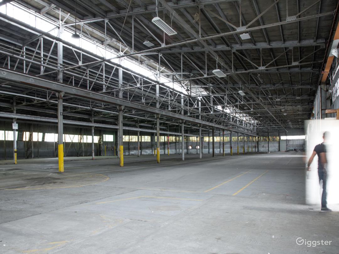 46Ksqft Industrial Warehouse in DTLA Photo 2