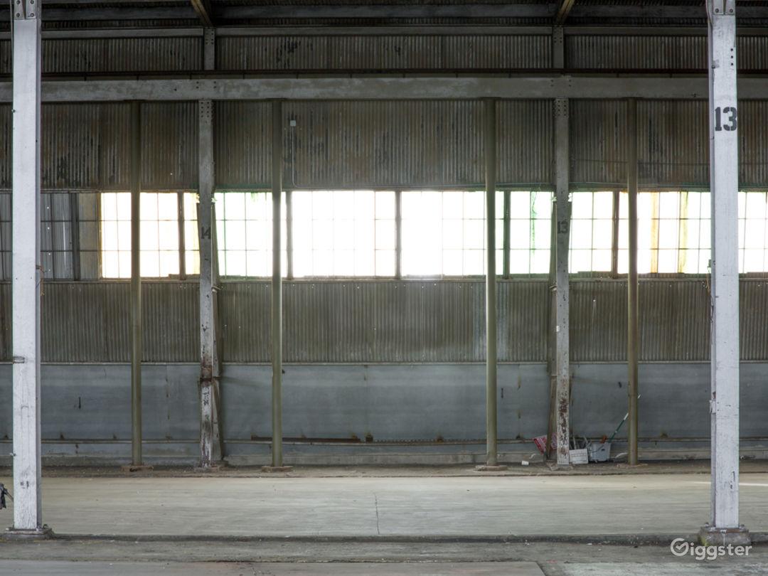 46Ksqft Industrial Warehouse in DTLA Photo 4