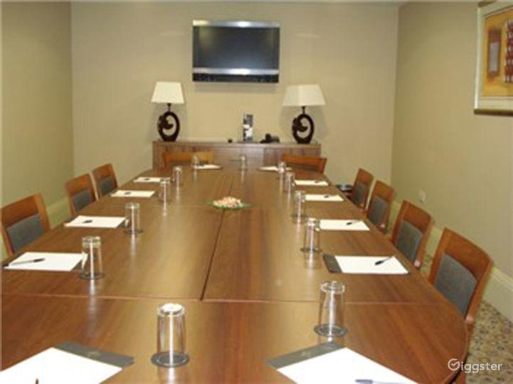 Classy Boardroom in Leeds Photo 3