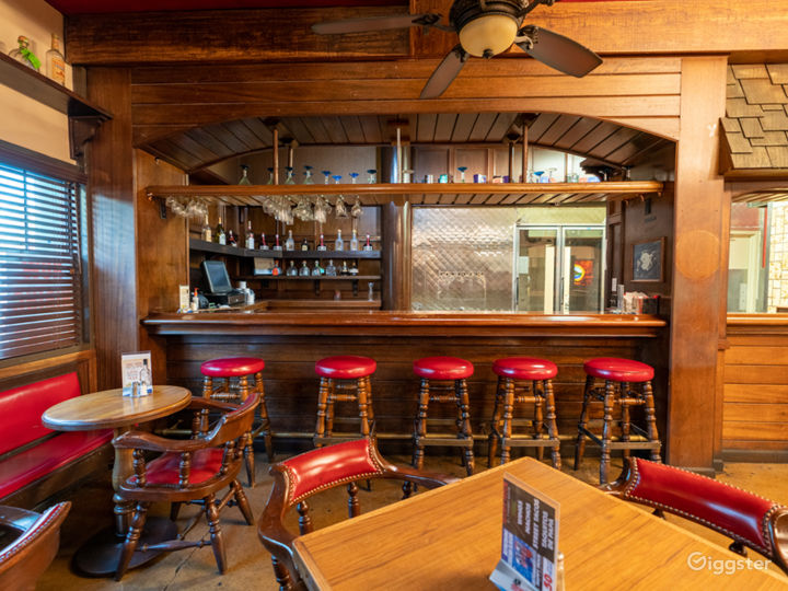 NEW - Valley Restaurant with Bar and Kitchen  Photo 2
