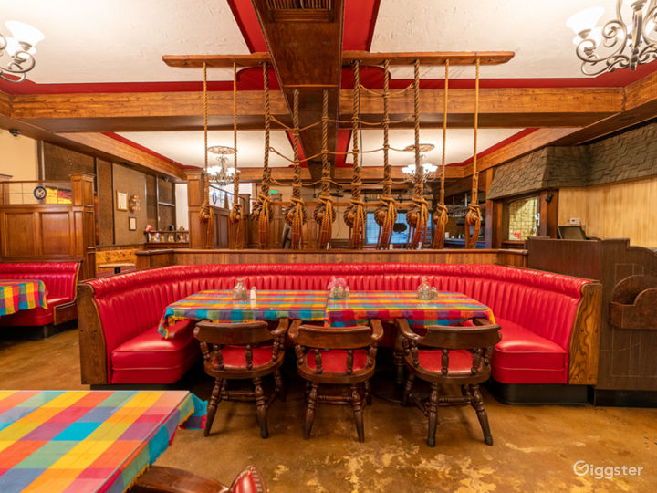 NEW - Valley Restaurant with Bar and Kitchen  Photo 5