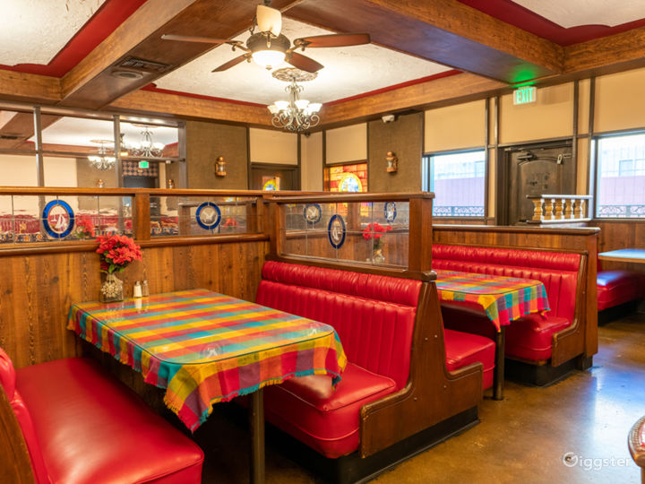 NEW - Valley Restaurant with Bar and Kitchen  Photo 4
