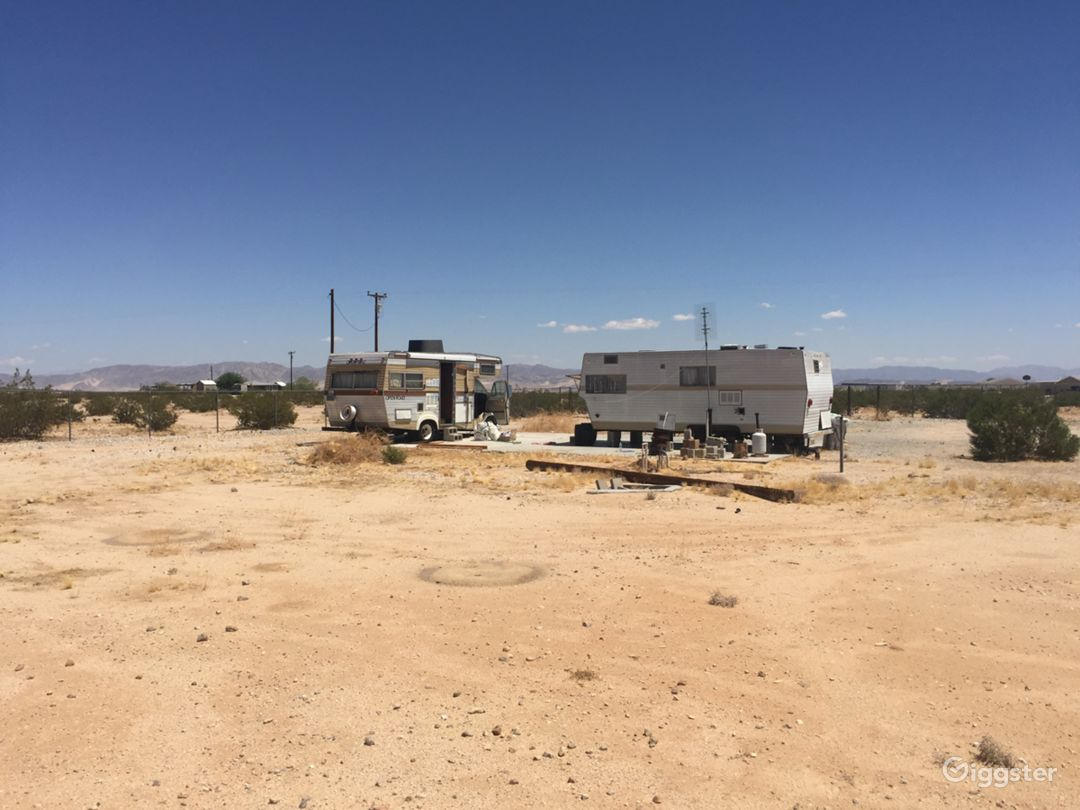 Two Mobile Homes On 5 Acres In Joshua Tree Photo 3