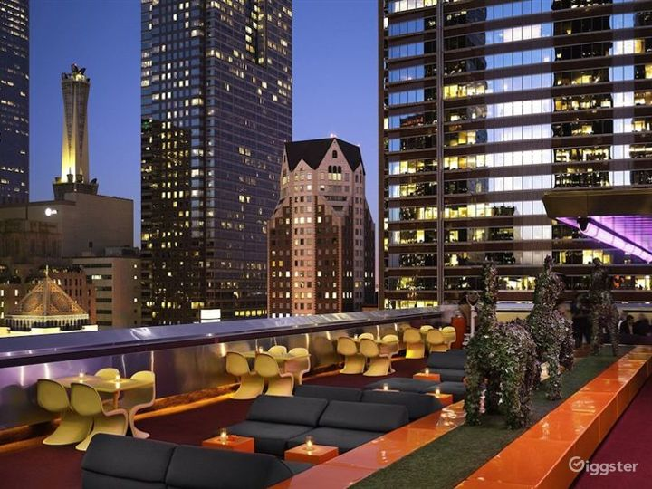 The Rooftop with Stunning & Panoramic views of LA Photo 3