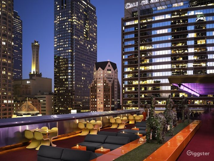 The Rooftop with Stunning & Panoramic views of LA Photo 4