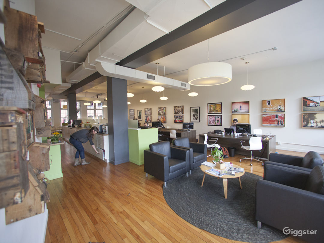 Oficio at 30 Newbury Street (3rd floor) acts as a coworking space during the day.  View looking South.