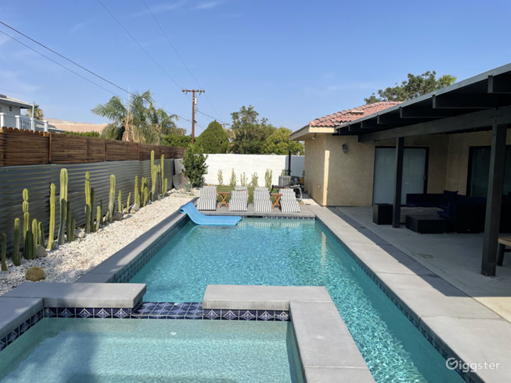 Mid Century Meets Southwest Desert Oasis Home Photo 4