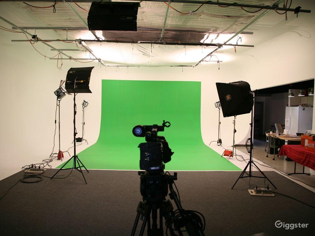 Orange County Video Production Studio w/White Cyc Photo 2