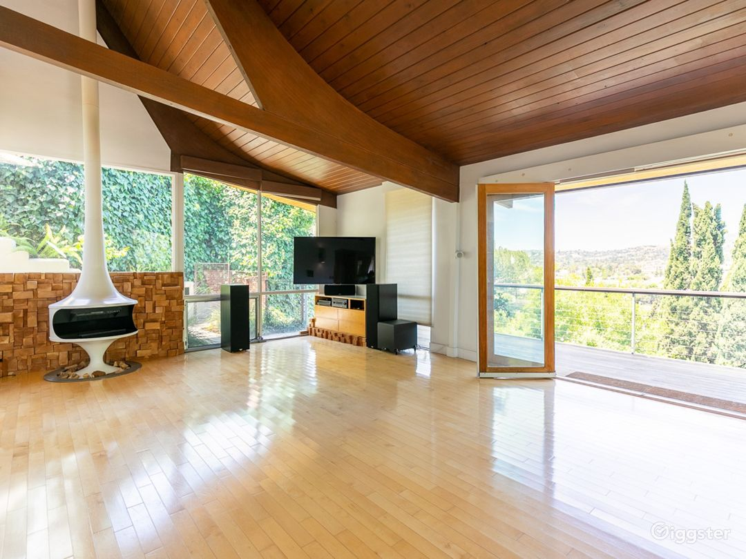 Main Level Open Plan Living Space