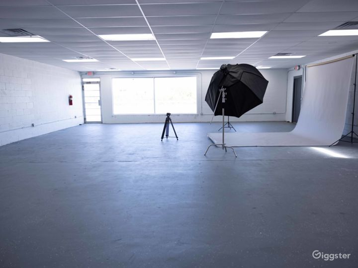 Photography Video Production Studio Gallery space Photo 2