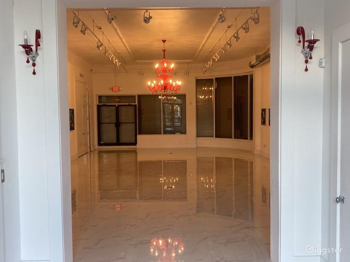 Spacious Art Gallery and Recording Studio Photo 2