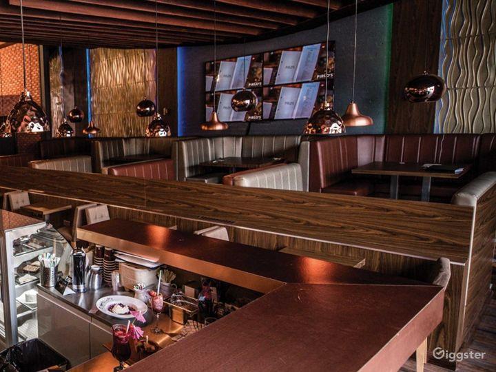Luxurious and Spacious Dessert Lounge  Photo 3