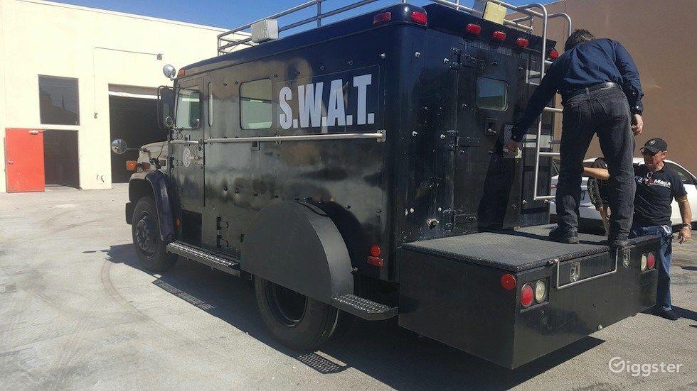 S.W.A.T. Truck 76,006  Photo 1