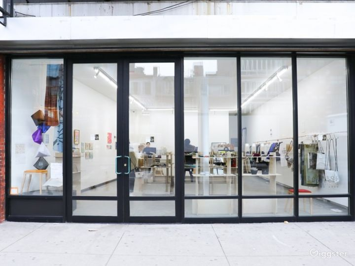 An Electric Space in Bowery Photo 4