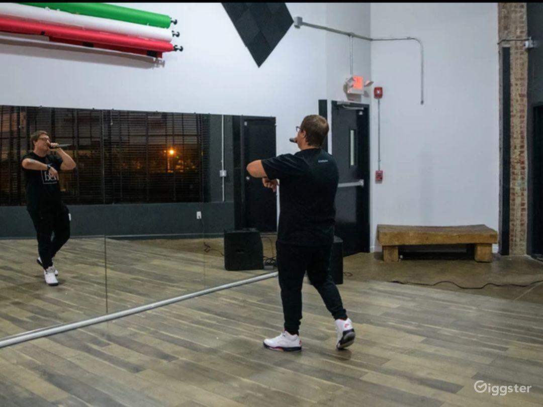 Spacious Rehearsal Studio in New Jersey Photo 1