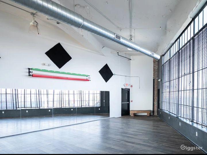 Spacious Rehearsal Studio in New Jersey Photo 2