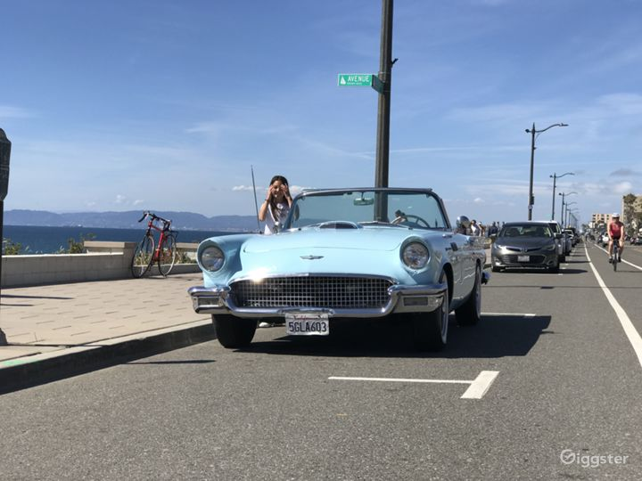 1957 Ford T-Bird Convertible  Photo 4