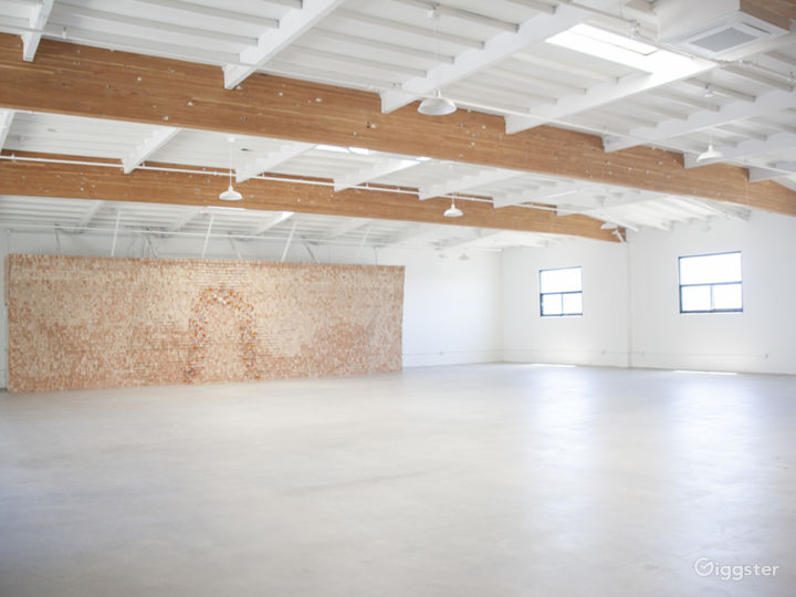 Beautiful Warehouse Space in Little Italy Photo 5