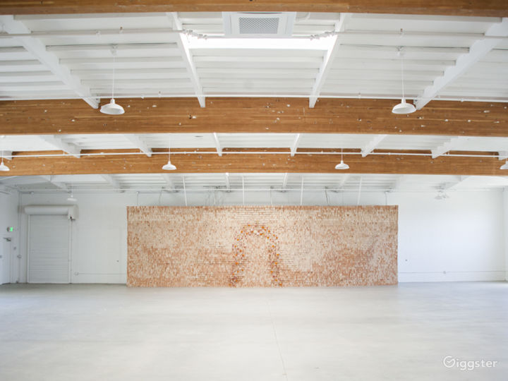 Beautiful Warehouse Space in Little Italy Photo 4