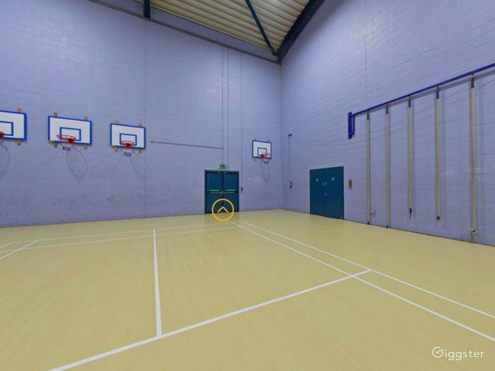 Spacious Gym in London Photo 4