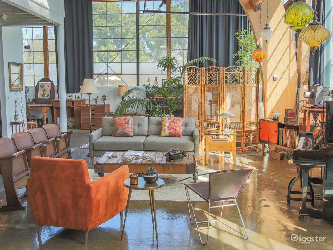 Large, Designed, One-of-a-Kind Frogtown Loft  Photo 4