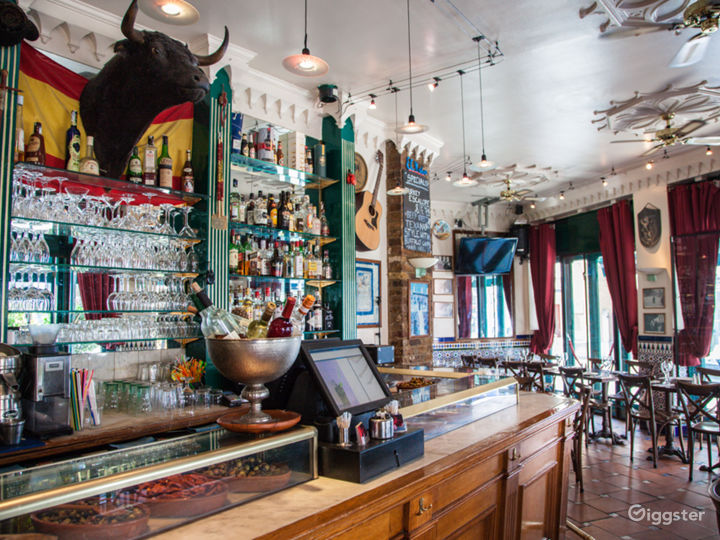 Spanish Tapas Bar and Cafe Brassiere in London Photo 3