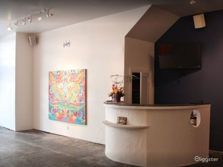LIVE ART GALLERY in New Orleans Photo 5