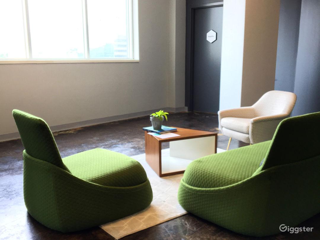 Floor Seven Lounge