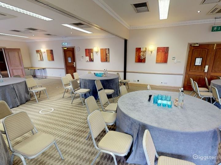 Function Rooms for up to 100 people in Oxford Photo 3