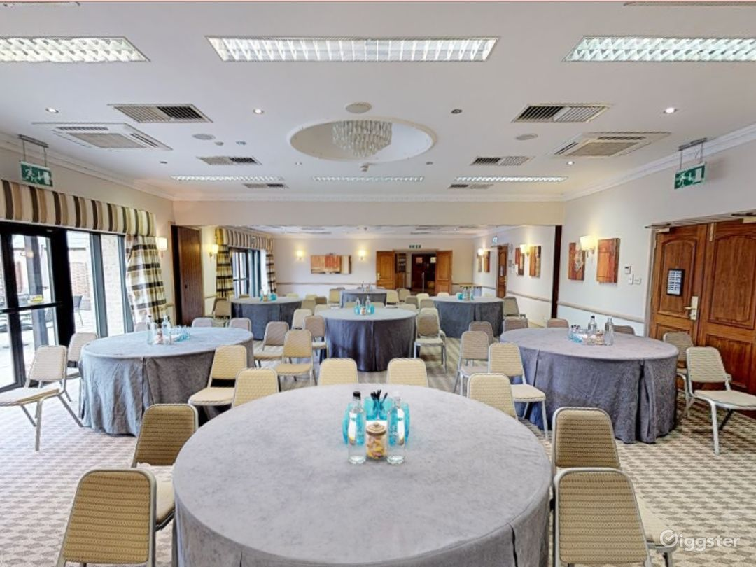 Function Rooms for up to 100 people in Oxford Photo 1