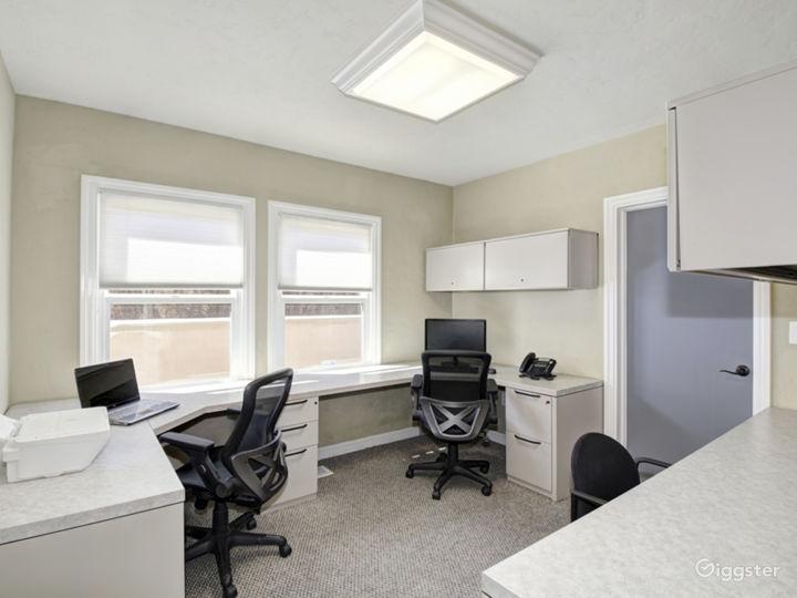 Suite 202 - Mediterranean style office  Photo 2