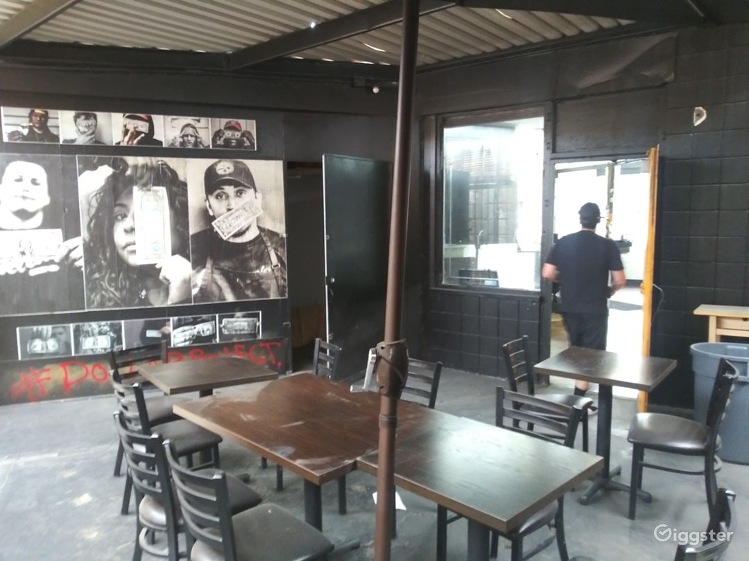 back patio dinning area