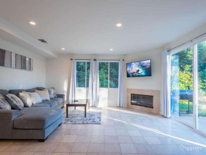 6 bedrooms Malibu house with huge back yard  Photo 3