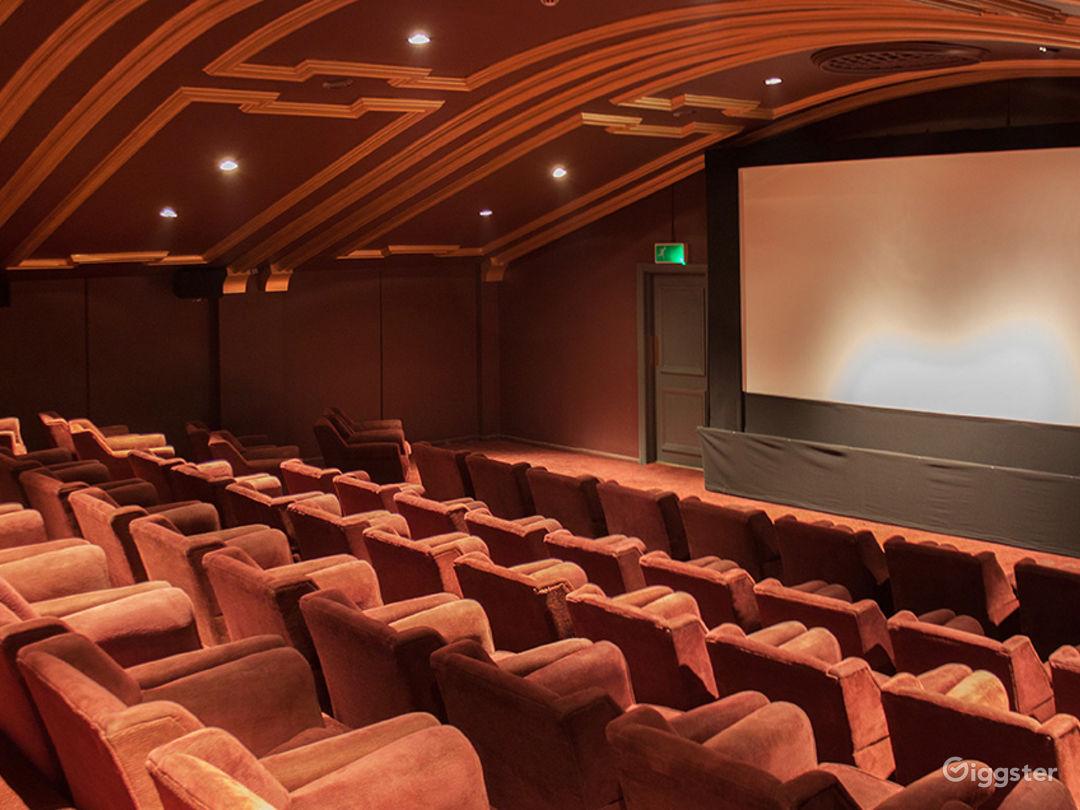 Beautiful Auditorium in London Photo 1