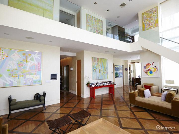 Upscale NY penthouse: Location 5046 Photo 3