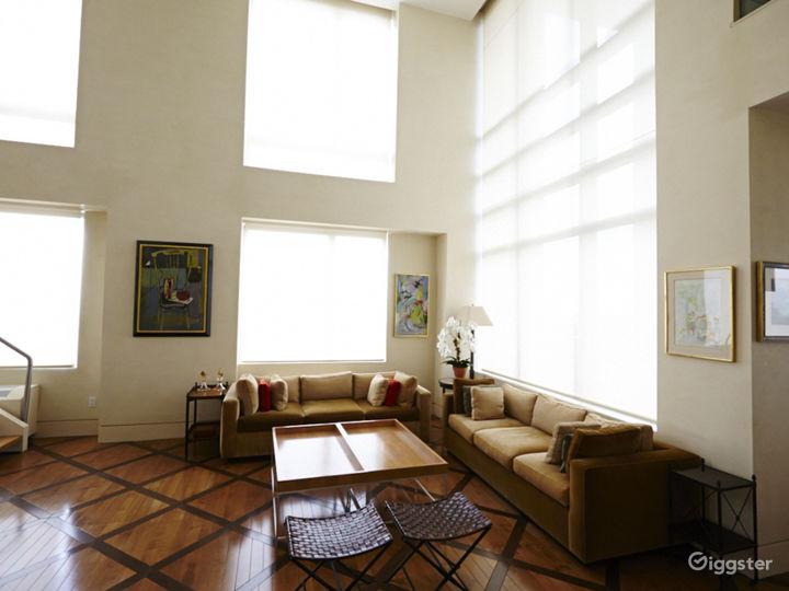 Upscale NY penthouse: Location 5046 Photo 2