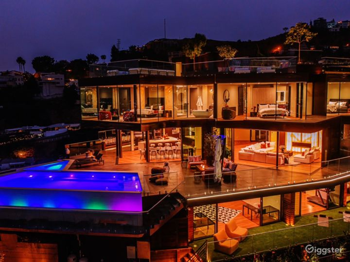 New construction in Hollywood Hills with best view Photo 3