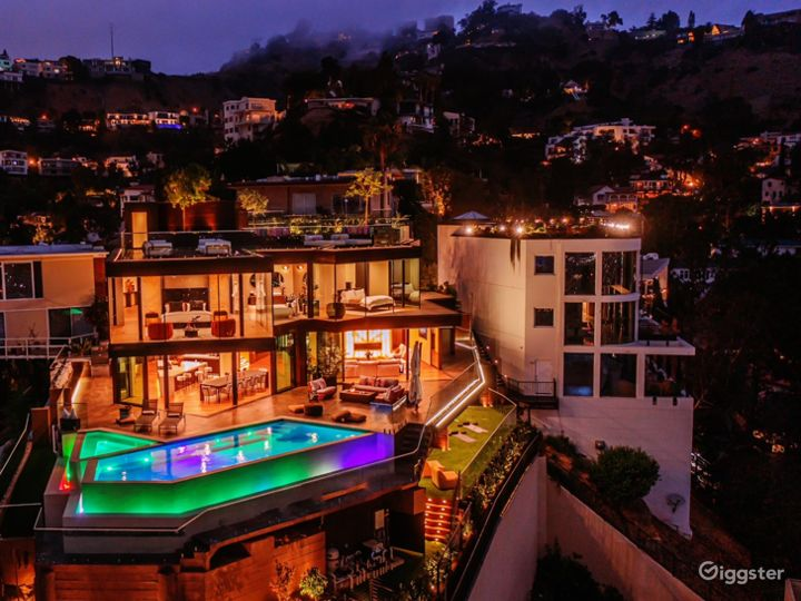 New construction in Hollywood Hills with best view Photo 4
