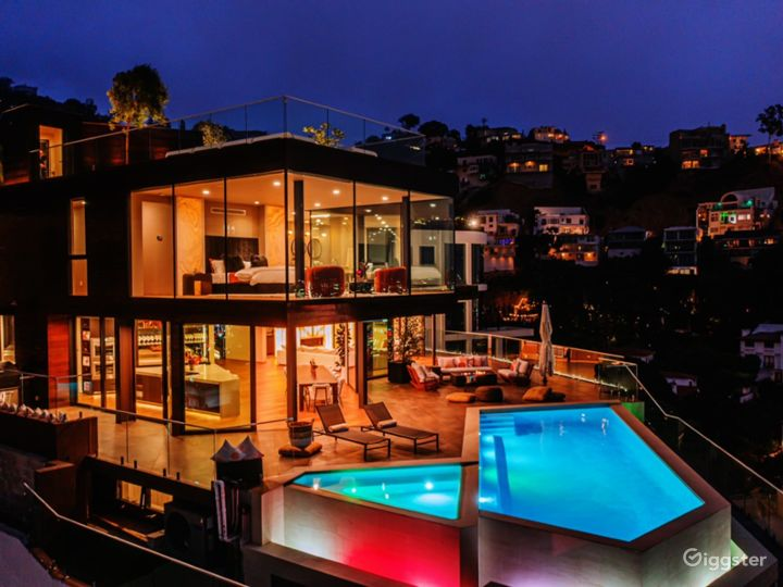 New construction in Hollywood Hills with best view Photo 5