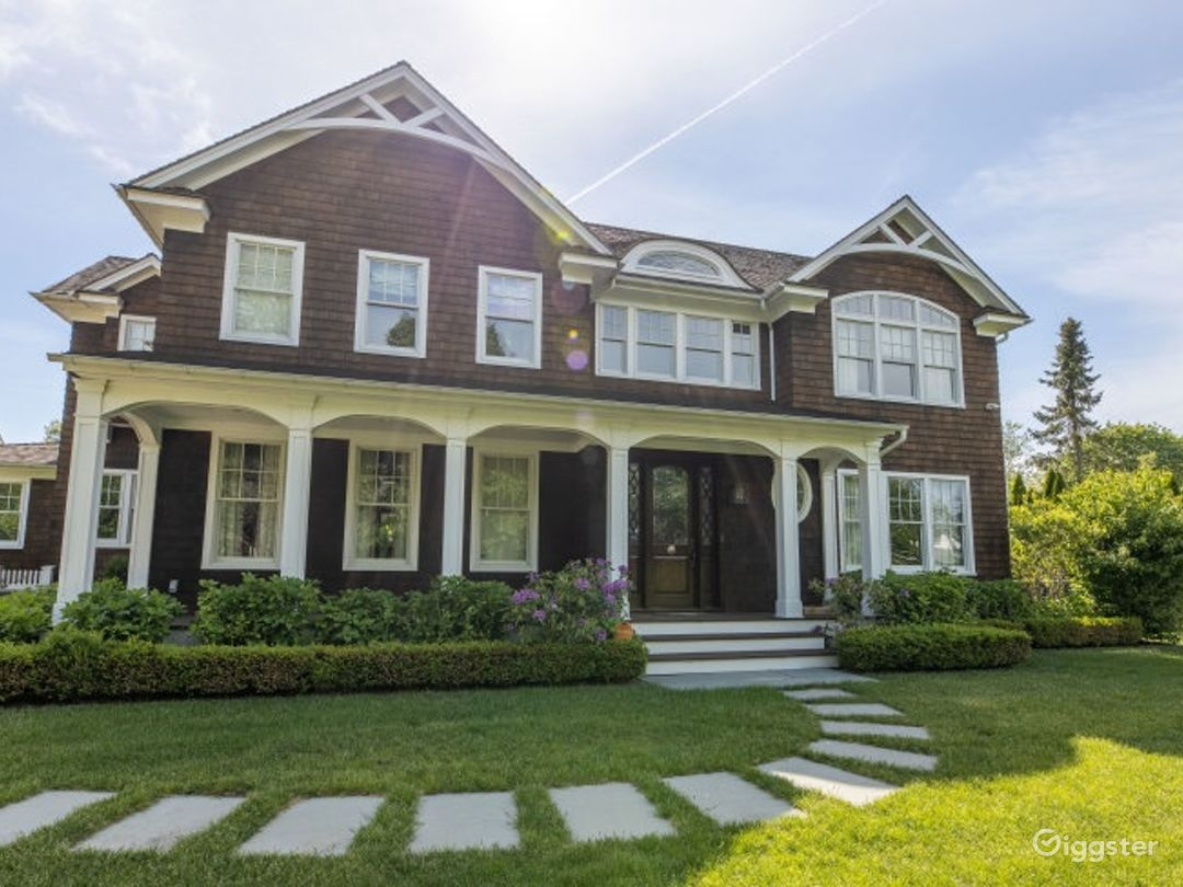 Newly Constructed 8 BR Modern Estate Photo 5