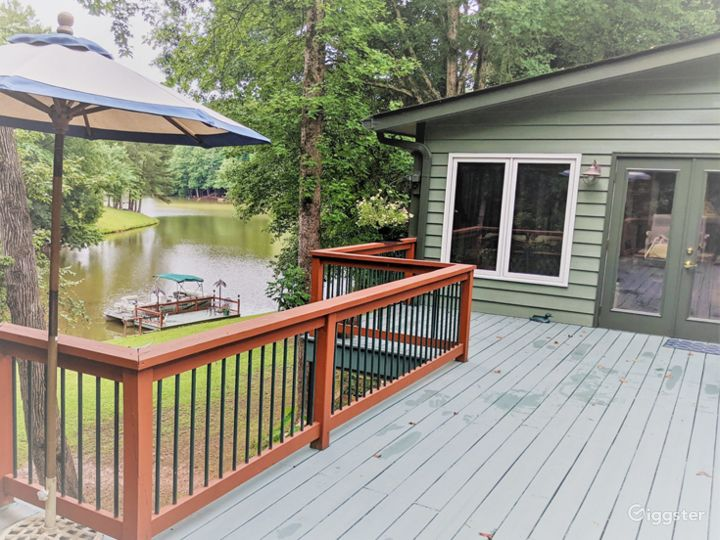 Views of the River from Home - Exterior Photo 5